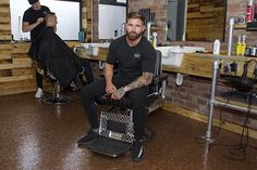 Barber Shop Floor Covered With 70,000 Pennies Will Inspire You - Tiredbee.com