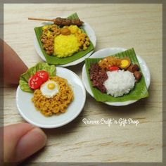 Pilihan menu makan siang hari ini :) All is Indonesian food #clay #miniature #clayminiature #miniaturclay #claycraft #craft #handmade #tiny #foodminiature #fakefood #clayfood #airdryclay #miniaturestuffs #onlineshop #jualan #kadomurah #perlengkapanminiatur #jualclay #jualminiatur #miniaturmurah #kado #olshopmalang #handicraft #kerajinanclay #kerajinan #mini #carikado #pajangan #customorder #reinveesproducts