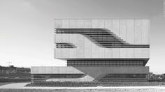 The Raw Charm of Brutalist Architecture Around The World, In 70 Images %%page%% - Architecture E-zine Architecture Minecraft, Architecture Design, Concrete Architecture, Rotterdam, Boston City Hall, Multi Storey Building, Brutalist Buildings, Architectural Section, Zaha Hadid Architects