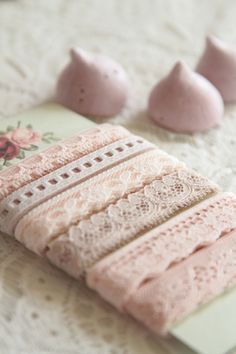 Beautiful shabby-chic ribbon in pink Rose Pastel, Pretty Pastel, Rose Vintage, Vintage Style, Fru Fru, I Believe In Pink, Pearl And Lace, Linens And Lace, Lace Ribbon