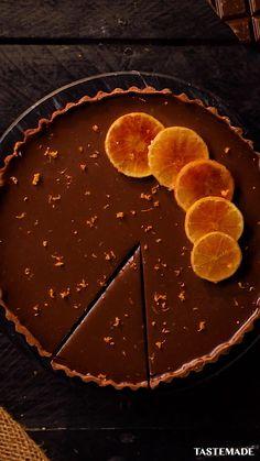 Fun Baking Recipes, Tart Recipes, Dessert Recipes, Cheesy Recipes, Sweet Recipes, Chocolate And Orange Tart, Chocolate Cake, White Chocolate, Tiny Food