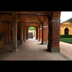 """Gem among the Hills"" Series 4/6 (take your time to enjoy the porch before going inside) #villadeivescovi #fai #torreglia #padova #veneto #collieuganei #italy #italia"