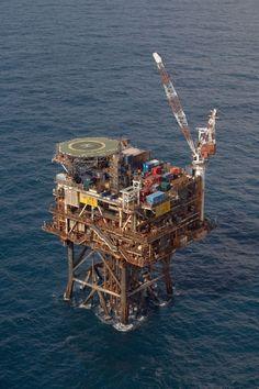 Oil Rig Photos - Forties Echo platform