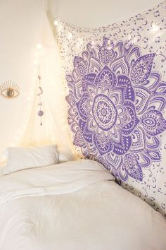 Lavender love mandala tapestry in 2019 Purple Tapestry, Mandala Tapestry, Tapestry Bedroom, Love Mandala, Lavender Room, Lavender Ideas, Lavender Bedrooms, Purple Rooms, Purple Bedroom Decor