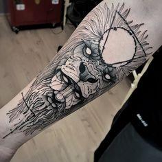 line work lion tattoo idea by @junnionunes