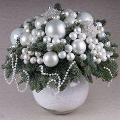 Роскошная и лаконичная, букет из белоснежных шаров… In love #fleurdavinci