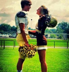 Soccer Mom's dirty talk secret that drives men wild Football Cheerleader Couple, Football Couples, Sports Couples, Football Cheerleaders, Football Girlfriend, Athletic Couples, Football Team, Football Player Boyfriend, Cheer Couples
