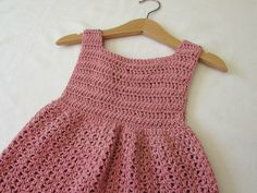 How to crochet an EASY party dress - any size. This tutorial will show you how to crochet a pretty dress which can be made in any size from baby to girls to womens. This dress is suitable for beginners. For my dress I used a crochet hook and Drops Crochet Toddler Dress, Toddler Dress Patterns, Crochet Baby Dress Pattern, Knit Baby Dress, Crochet Baby Clothes, Baby Cardigan, Crochet For Kids, Easy Crochet, Crochet Dresses
