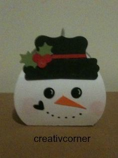 Curvy keepsake snowman box by Monika Metzler (Germany/RLP)