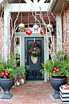 Dimples and Tangles: Christmas Home Tour