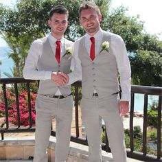 Andrew and his best man wore dapper, light grey, linen suits from high street retailer H