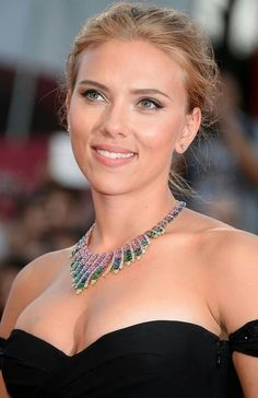 What are some voluptuous pictures of Scarlett Johansson? - Quora