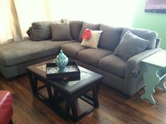 gray couch/blue end table