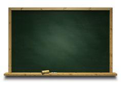 O site Descomplica, que tem mais de 3 mil vídeo-aulas, aulas ao vivo, exercícios, monitorias, e outros recursos educacionais, cobra R$ 19,40 por mês.