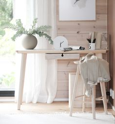 #officedesigns #officeinteriors #työhuone Scandinavian Style, Office Desk, Furniture, Home Decor, Desk Office, Decoration Home, Desk, Room Decor, Home Furnishings