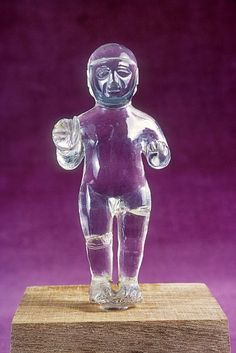 Anatolian - Figurine carved in rock crystal, hittite, between 1500 and 1200 BC