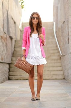 Did I pin this already? I should have. Love the white dress and the pink blazer and it's so nice to see it with flats.