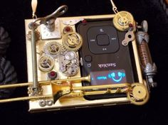 "Steampunk ""Walk-Man"" MP3 Necklace--"