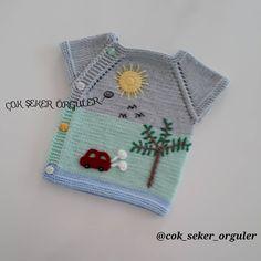 Günaydın günümüz hâyr olsun🌸🍃 🌸 Bu güzellik Yasemin hanımın siparişlerinden... 🍃 🌸 🍃 🌸 🍃 🌸 Sayfamdaki resimler bana aittir repost veya… Baby Applique, Knit Baby Dress, Baby Sweaters, Baby Knitting Patterns, Toddler Girl, Children, Crochet Clothes, Knitting And Crocheting, Scrappy Quilts