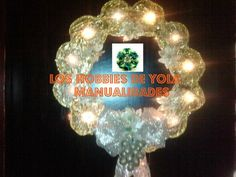 Corona navideña iluminada de CDs | Manualidades