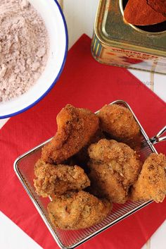 Hacedme caso cuando os digo que después de probar el pollo en leche empanado con pimentón, no vais a querer comer otro igual. Delicioso!!!