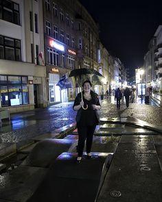 Smile!  #wroclovers #wrocław #wroclaw #wroclove #igerspoland #igerswroclaw #ig_europe #igersjp #instagram #instagramers #canon #wrocław #breslau #vratislavia #wratislavia #kochamwroclaw #wroclawcity #wro #lubie_polske #lubiepolske #vscocam #street #vsco #flag #flaga #independenceday #poland #street #ulica #streetphotography