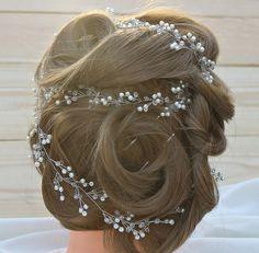 Hey, I found this really awesome Etsy listing at https://www.etsy.com/ru/listing/454159720/long-bridal-hair-vine-crystal-long-vine