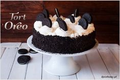 Easy Cake Recipes : Oreo cake is one of the sweetest baked goods I have ever made. The cake is . Oreo Cake Recipes, Easy Cake Recipes, Baking Recipes, Dessert Recipes, Keto Cake, Food Cakes, Love Cake, Sweet Desserts, Cake Cookies