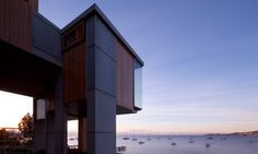 MGArchitects have designed an extension to a 1890's heritage house on the waterfront in Hobart, Tasmania.