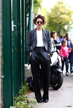 just the right amount of slouch. #TanyaJones in Milan. #ATPB