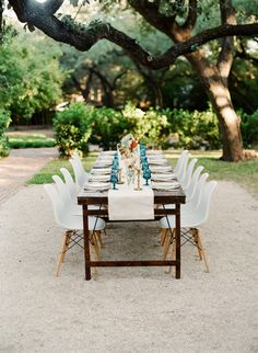 Um, you have to see this wedding inspiration with painterly splashes and colorblocking in earth tones! The color palette alone is gorgeous, now imagine layering patterns on top of it -- Intimate Wedding Reception, Wedding Ceremony Seating, Wedding Venues, Wedding Tables, Reception Ideas, Earth Tone Colors, Earth Tones, Apricot Wedding, Dark Color Palette