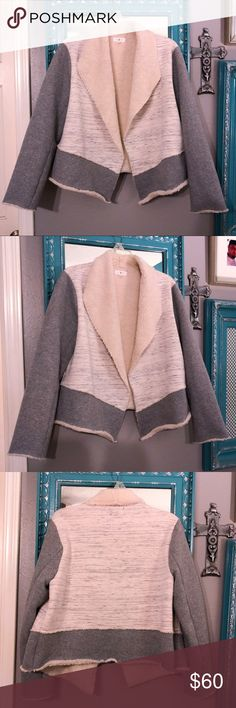 Lou & Grey Sherpa Lined Open Jacket - Size L Lou & Grey Sherpa Lined Open Jacket - Size L. Like new condition. No rips, stains or holes. Smoke free home. Size L but could easily fit a M for a more slouchy look. Super cute and trendy! Material content pictured. Lou & Grey Jackets & Coats