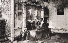 Crete Greece, in century Crete Greece, Athens Greece, Old Photos, Vintage Photos, Greece Pictures, Crete Island, Heraklion, Frederic, Greek Culture