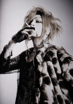 Gothic Rock, Visual Kei, Alternative Fashion, Musicians, Asia, Handsome, Dreadlocks, Punk, Entertainment