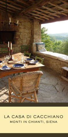 Can you imagine having a dining table like this one?  Ahhh... feel the warm breeze