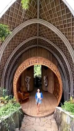Bamboo Architecture, Amazing Architecture, Architecture Design, Beautiful Places To Travel, Beautiful Hotels, Wonderful Places, Bamboo House Design, Bamboo Structure, Cabin In The Woods