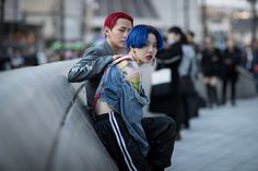 As per, the streets of Seoul are a smorgasbord of utterly murderous looks, and the city's love for punk details continues to thrive.