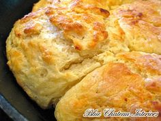 biscuits in cast iron skillet
