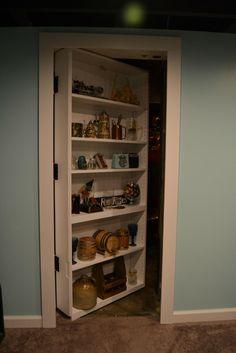 Cet homme a construit une chambre absolument incroyable cachée derrière une étagère secrète ‹ Histoires Du Net