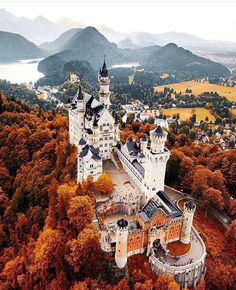 Fall at Neuschwanstein Castle photo by @Jacob by awesomedreamplaces https://www.instagram.com/p/BAHovTbFNvq/ via https://scontent.cdninstagram.com/hphotos-xfa1/t51.2885-15/e35/1661138_1672203016360257_1034090800_n.jpg