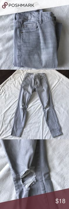 """Garage light gray distressed denim jeans size 1 Light gray wash Size 0 Distressed knees Inseam is 25 1/2"""" 5 pocket zip fly  Perfect condition Garage Jeans"""