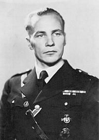 """Finn Eino Ilmari """"Illu"""" Juutilainen, fighter pilot of the Finnish Air Force and, with 94 confirmed aerial combat victories, the top scoring (non-German) ace of all time."""