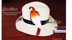Resultado de imagen para sombreros de mujer pintados. stephanie beitia d6378a1ff18