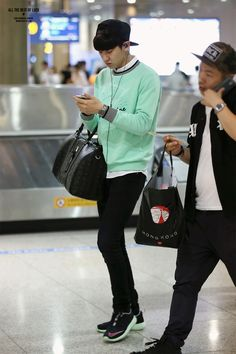 140702- EXO Park Chanyeol; Hongkong Airport to Incheon Airport #exok #mens #fashion