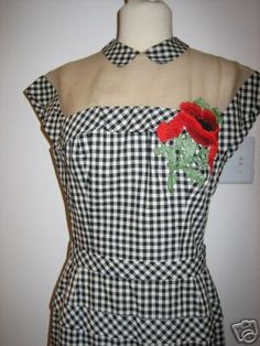 Photo of a garment using alternating rows of gingham cut on the lengthwise grain and the bias,