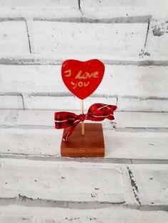 Standing smll red heart ornament standing heart home decor