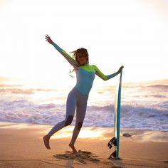 Pogoda dopisuje! Korzystajcie póki można ;) @roxy #surf #surfgirl #surfing #surfshop #plaża #konieclata #wrzesień #roxy #deska #morze by surfshop.pl_snowshop.pl
