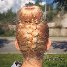 #braidedbun inspired by @littlealicegrace for @inspirationalbraids #braidingcontest 💕 #ibraids1year #dutchbraid #lettinuttura #lettinutturakampaus #braid #braiding #braidinghair #braidideas #instabraids #letti #letit #lettikampaus #letitys #hairdo #hairstyles #suomiletit #braidsforgirls #hotbraidsmara #braidsforlittlegirls #featureaccount_ #braidinginspiration #inspirationalbraids