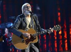 20 Best Moments at the Rock and Roll Hall of Fame 2014 Induction Pictures - Best Peace-Out: Cat Stevens/Yusuf Islam's Performance | Rolling Stone
