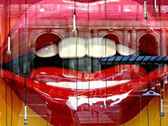 Hot Lips! Window dis
